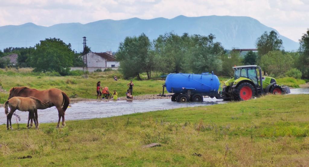 Život v okolí bulharských riek (rieka Botunya)