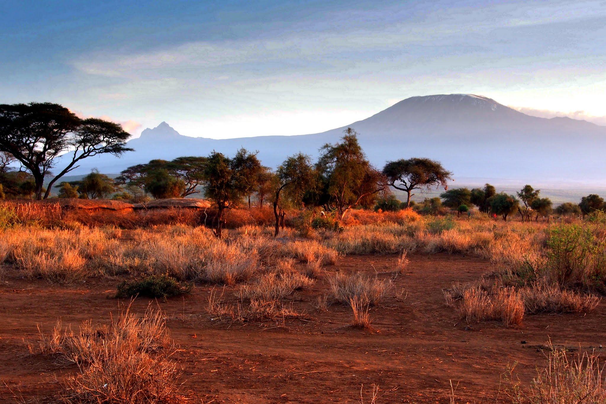 Obrázok 9. Večerná savana pod Kilimandžárom (Foto. M. Hromada)